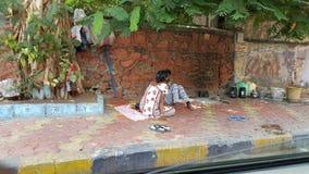 Slechte Familie die op straten in India leven royalty-vrije stock foto's