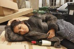 Slechte gedronken vrouw stock foto