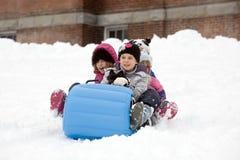 sledding zimy. zdjęcia stock