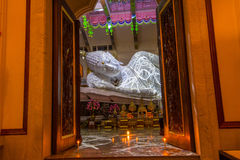 Sleep Buddha statue in Temple Royalty Free Stock Image