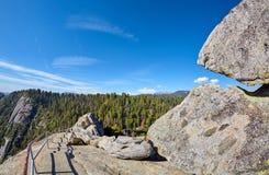 Sleep en trap tot de bovenkant van Moro Rock, de V.S. royalty-vrije stock foto's