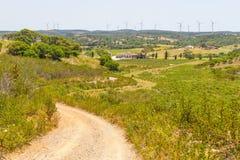 Sleep en windlandbouwbedrijf in de berg royalty-vrije stock foto
