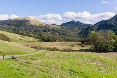 Sleep onder de heuvels van Sonoma-Provincie, Californië royalty-vrije stock foto's