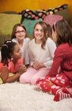 sleepover för fyra flickor Royaltyfri Fotografi