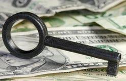 Sleutel & Geld Royalty-vrije Stock Foto's