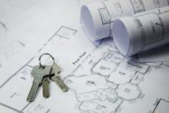 Sleutels op huisplan Royalty-vrije Stock Afbeeldingen