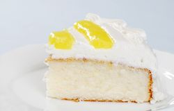Slice Of Lemon Vanilla Cake Stock Photography