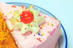 Slice of Victoria sponge cake Royalty Free Stock Photos