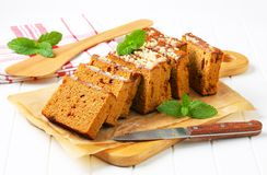Sliced gingerbread loaf Stock Photography