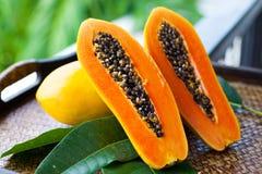 Sliced papaya Royalty Free Stock Images