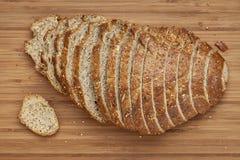 Sliced släntrar av bröd Arkivbilder