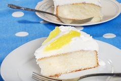 Sliced vanilla lemon cake Stock Images
