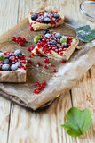 Slices of cake with summer berries Royalty Free Stock Images