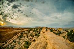 Slick Rock Hiking dans le jardin de diables dans la lumière de matin Images libres de droits