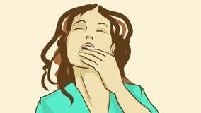 Slickar den härliga flickan för tecknade filmen med stängda ögon henne fingrar med nöje Arkivfoto