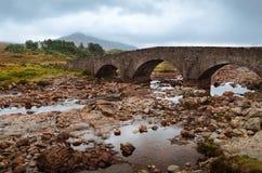 Sligachan bro, Skottland Royaltyfria Foton