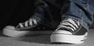 Slimme tennisschoenen Stock Foto