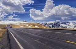 Slingakantväg sceniska byeway Colorado fotografering för bildbyråer