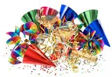 Slingers, wimpel, confettien en cocktailglazen Stock Afbeeldingen
