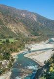 Slingra flod arkivbild