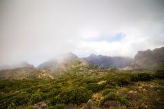 Slingrande berg Landskap av den Masca klyftan Härligt tävla Arkivbilder