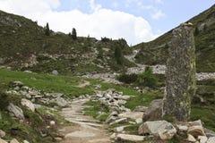 Slingrig bana till och med den Tyroler Ziller dalen, Austri Arkivbilder