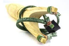Slingshort die van hout wordt gemaakt stock afbeeldingen
