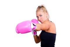 Slitage boxninghandskar för kvinna Royaltyfria Bilder