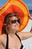 slitage kvinna för attraktiv hattsommar Arkivbilder