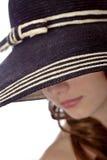 slitage kvinna för hatt Arkivfoto