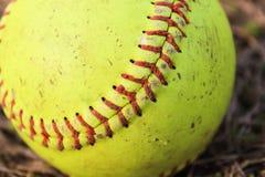 Sliten softball Arkivbilder