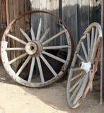 Slog sönder vagnhjul Arkivfoton