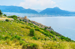 The slope with Alanya fortress wall Royalty Free Stock Images