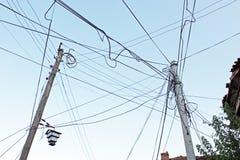 Slordige Elektrische Kabels Stock Afbeeldingen