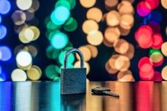 Slot en sleutel als symbool voor Privacy en Algemene Gegevensbescherming R royalty-vrije stock afbeelding