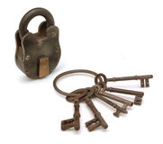 Slot en sleutels op wit stock afbeelding