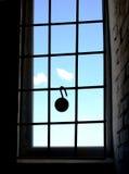 Slot het hangen op het venstertraliewerk Royalty-vrije Stock Afbeeldingen