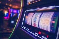 Slot machine de giro imagens de stock royalty free