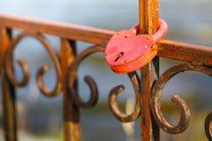 Slot met sleutel op de brug royalty-vrije stock fotografie