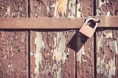 Slot op de houten deur Stock Foto
