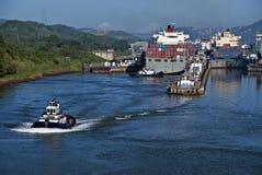 Sloten bij het Kanaal van Panama Stock Foto's
