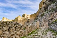 Slott av Acrocorinth, övreCorinth, akropolen av forntida Corinth Arkivfoton