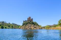 Slott? av Almourol Portugal royaltyfria foton