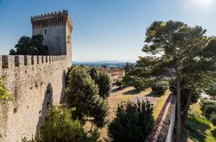 Slott av Castiglione del lago, Trasimeno, Italien Arkivbilder