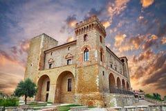 Slott av Crecchio, Abruzzo, Italien Arkivbilder