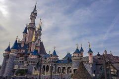 Slott av den sova skönheten, i Disneyland Paris Royaltyfri Bild