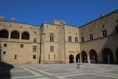 Slott av den storslagna förlagen i staden av Rhodes, Grekland Arkivfoton