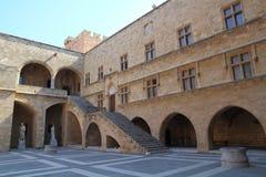 Slott av den storslagna förlagen i staden av Rhodes, Grekland Fotografering för Bildbyråer