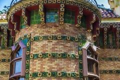 Slott av El Capricho av arkitekten Gaudi, Spanien Arkivbilder