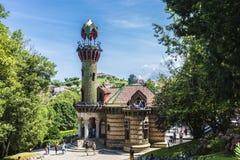 Slott av El Capricho av arkitekten Gaudi, Spanien Fotografering för Bildbyråer